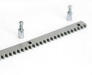 Зубчатая рейка CVZ-S для откатных ворот (30x8 болты в комплекте)