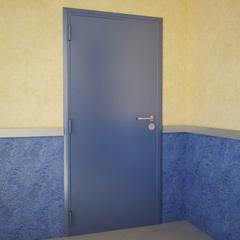 Дверь DoorHan/880/2050/противопожарная/гладкая/гладкая/7035/левая/с угл.рамой